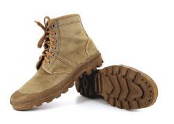 Review và đánh giá các mẫu giày Palladium cổ bẻ
