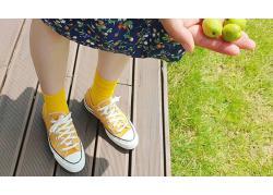 Converse Yellow – Đượm sắc vàng ươm cho ngày thêm rực rỡ