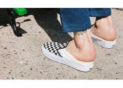 """Vans Mule - """"Key-shoes"""" làm chao đảo cộng đồng thời trang"""