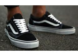4 cách thắt dây giày Vans Old Skool cực chi tiết