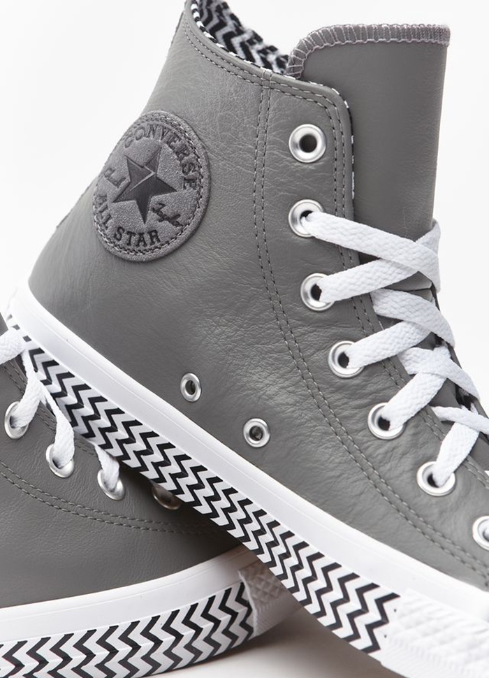 Chuck Taylor All Star Voltage Make It To The Top – Họa tiết được ưu ái trong năm 2019