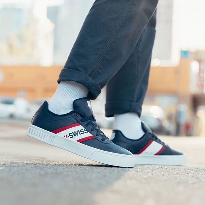 K-Swiss Court Lite Spellout – Phiên bản sneaker của lối sống hiện đại!