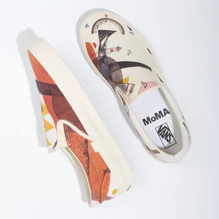 Thưởng thức nghệ thuật độc đáo trên đôi giày Vans MoMA