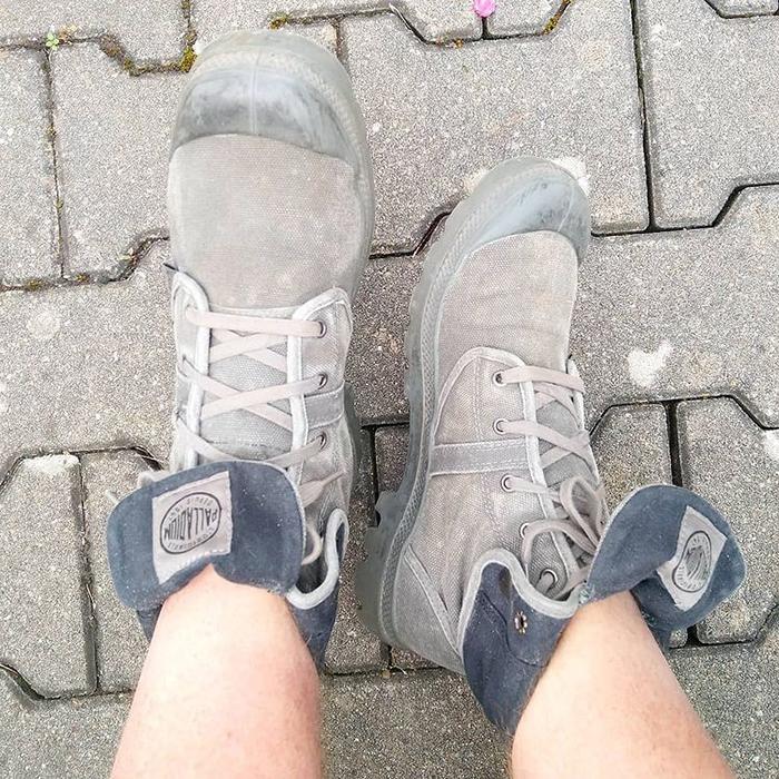 Làm mới diện mạo với một đôi giày Palladium cổ gập cực chất