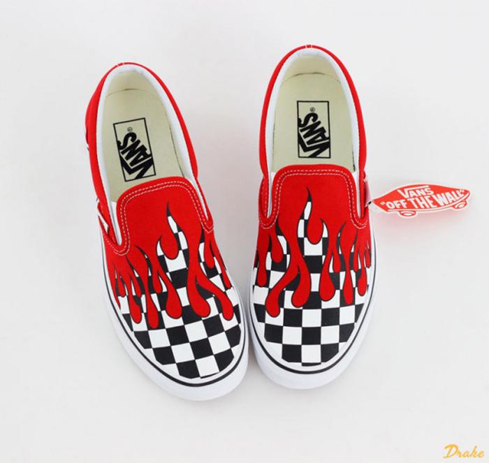 """Đốt cháy mùa hè cùng những đôi giày Vans Đỏ """"nóng bỏng"""""""